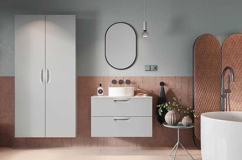 Blaty kompozytowe w łazience – dlaczego warto je  rozważyć?